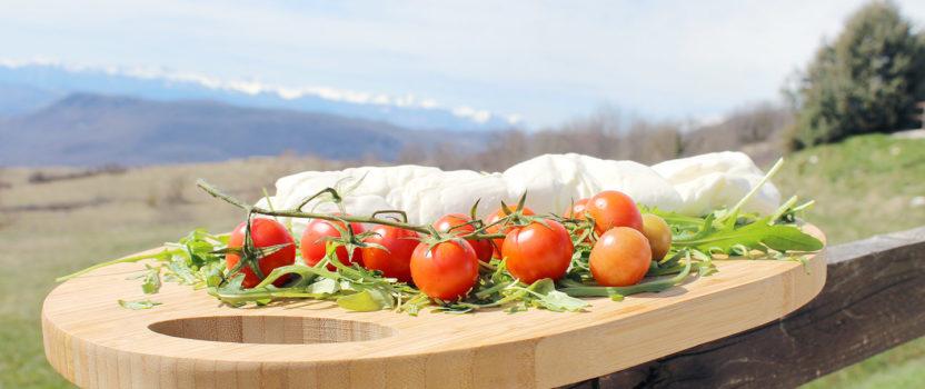 """""""Stracciata"""", a unique flavor alongside tradition."""