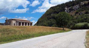 La chiesa campestre di San Domenico, a Carovilli
